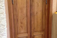 Dvoukřídlé vchodové dveře