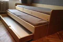 Velká rozkládací postel i s úložným prostorem